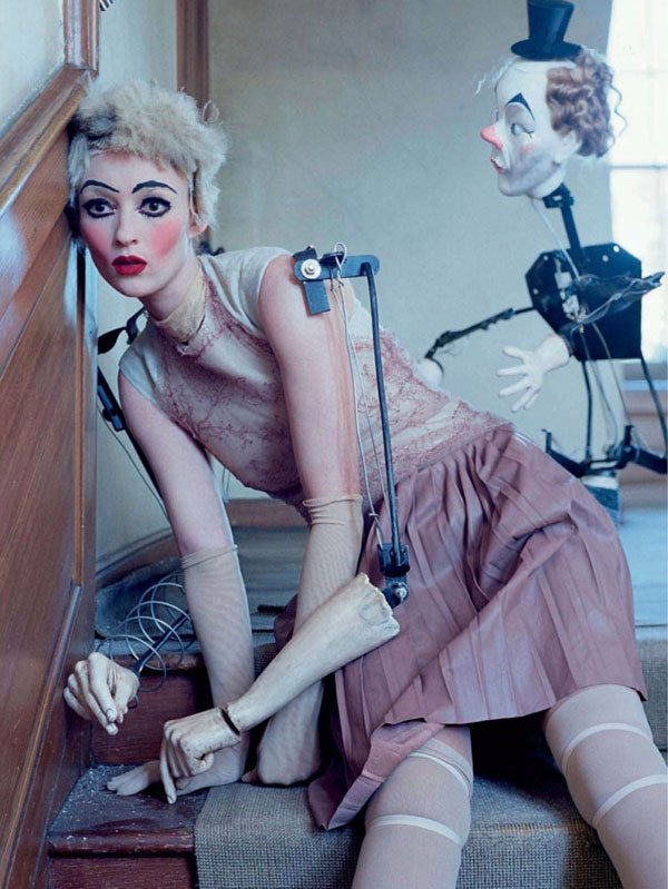tim-walker-mechanical-dolls04